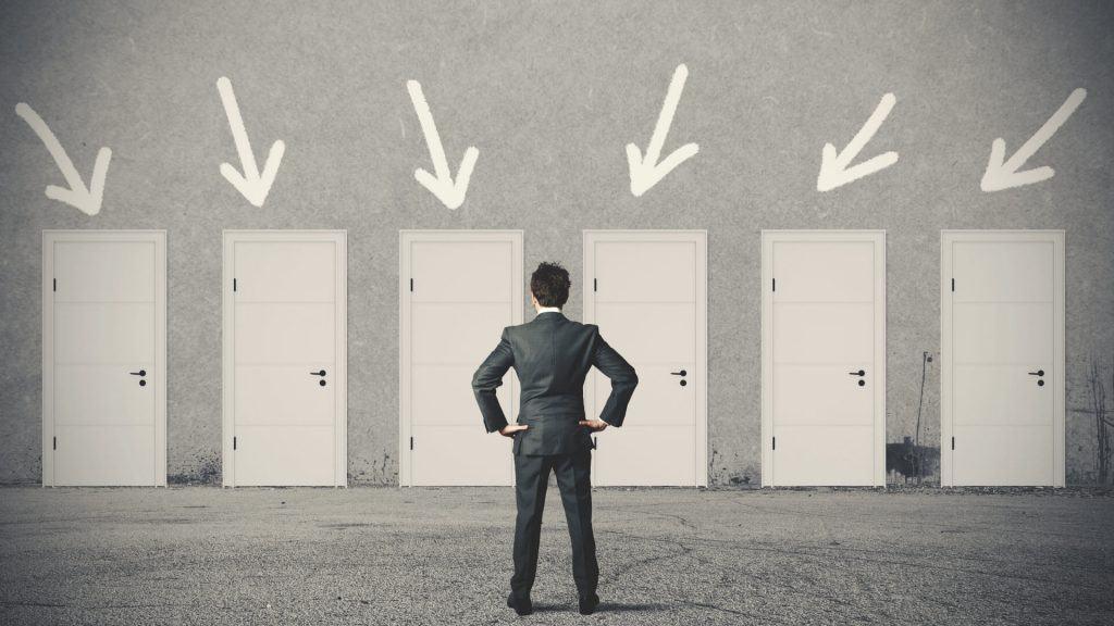 Quá trình lựa chọn phần mềm CRM nên quan tâm điều gì trước