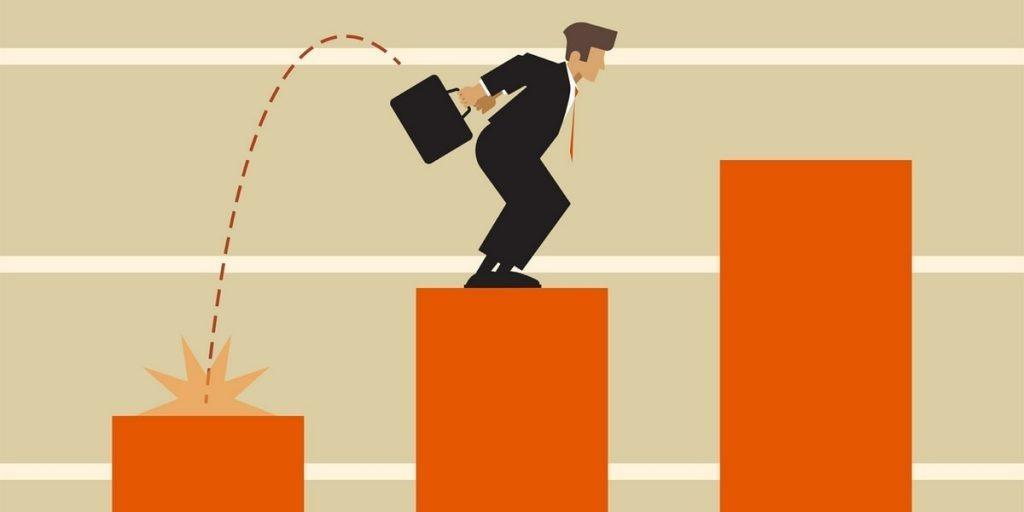 10 lí do nhân viên kinh doanh cần CRM